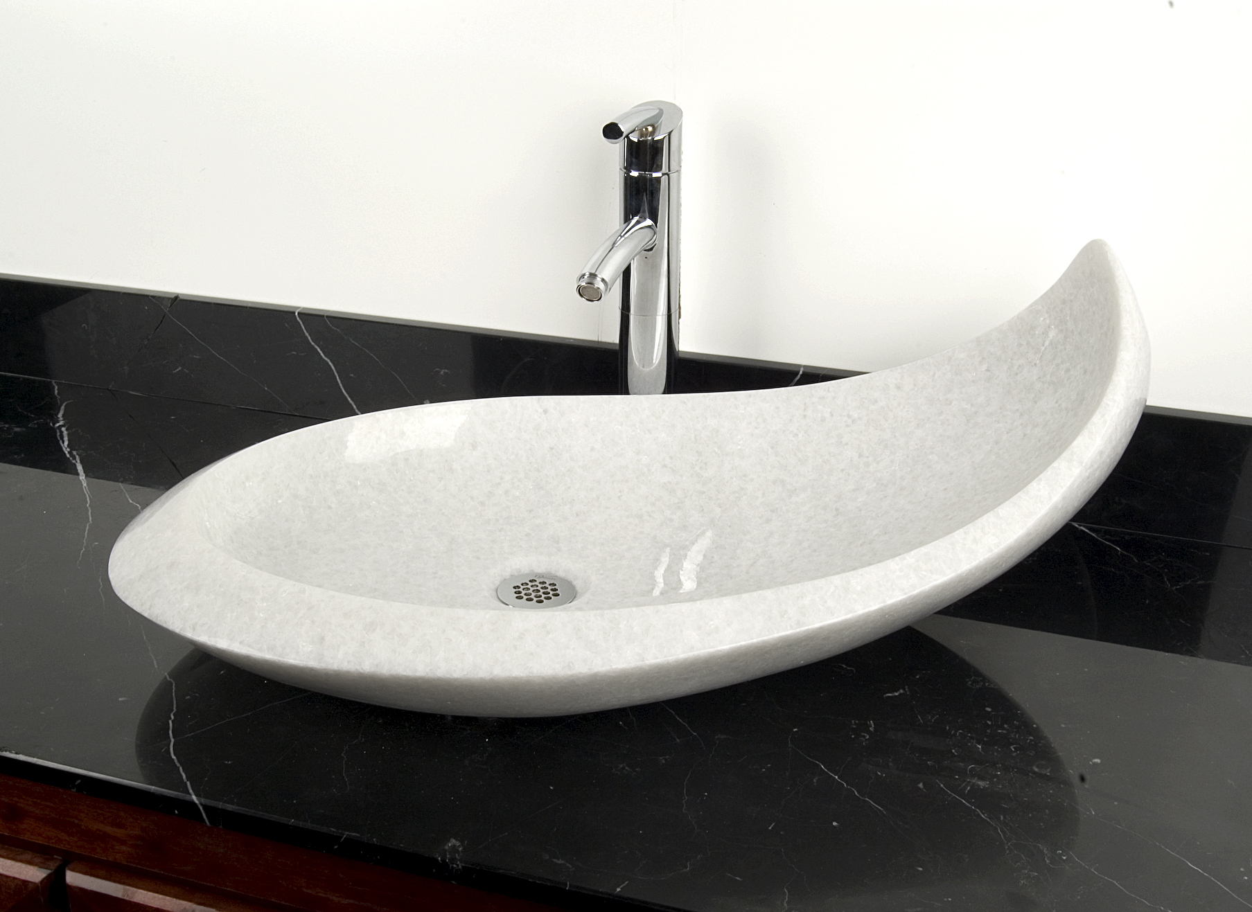 balena natural stone sink